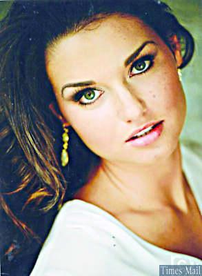 Mia Burton